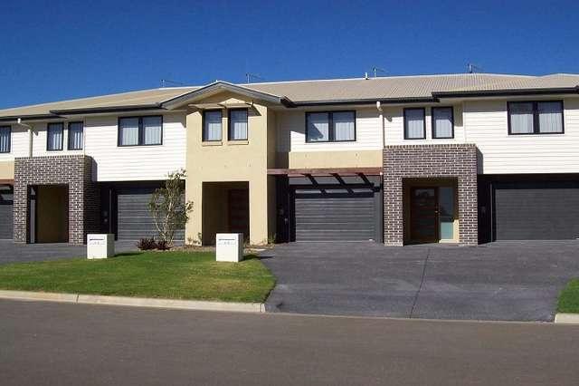 4/6 Tuxworth Place, Pimpama QLD 4209