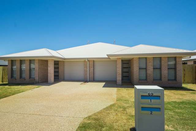 1 & 2/69 Sanctuary Drive, Cranley QLD 4350