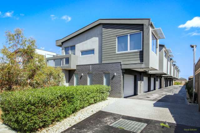 1/59 Parer Road, Airport West VIC 3042