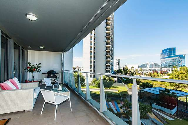 402/96 Bow River, Burswood WA 6100