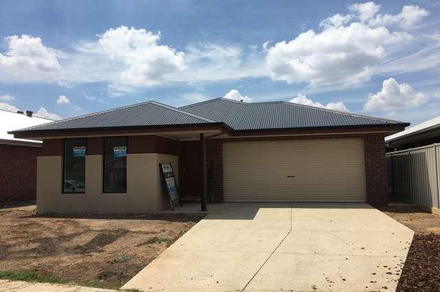 94 Greta Drive, Hamilton Valley NSW 2641
