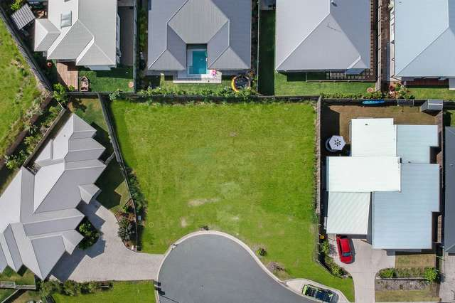 16 Majella Close, Peregian Springs QLD 4573