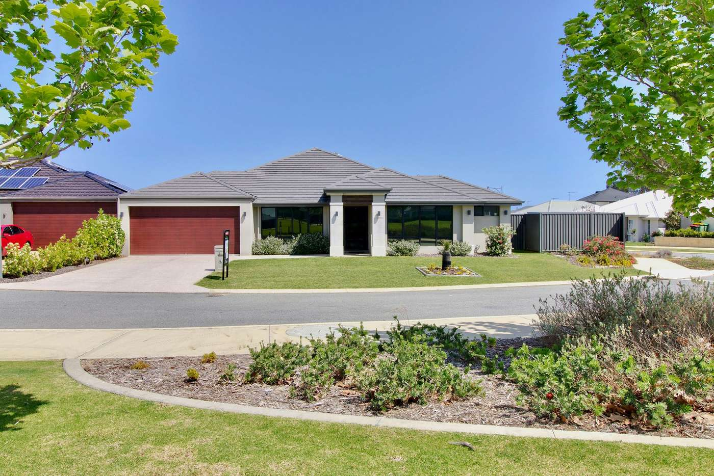 Main view of Homely house listing, 2 Whinhill Loop, Baldivis WA 6171