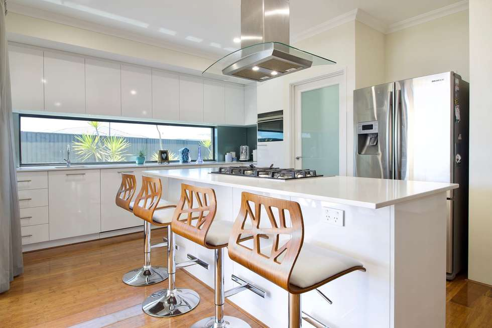 Second view of Homely house listing, 2 Whinhill Loop, Baldivis WA 6171
