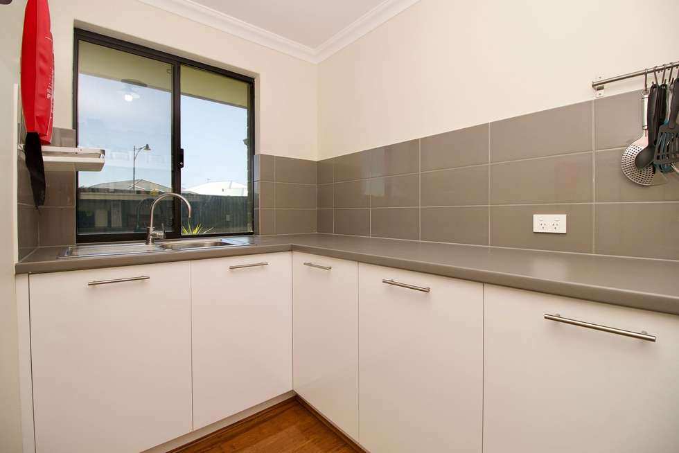 Fourth view of Homely house listing, 2 Whinhill Loop, Baldivis WA 6171