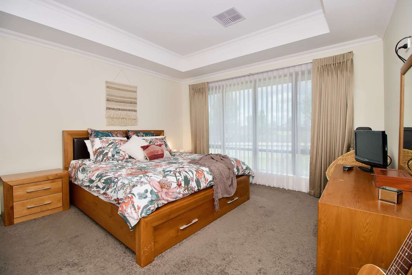 Sixth view of Homely house listing, 2 Whinhill Loop, Baldivis WA 6171