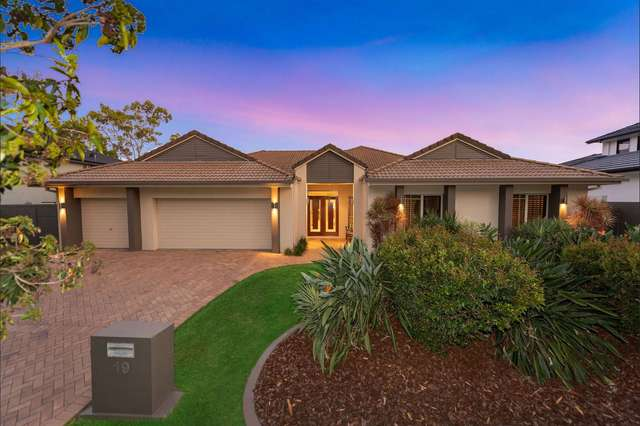 19 Broadleaf Crescent, Gumdale QLD 4154