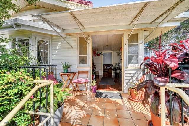 4 Gail Street, Kedron QLD 4031