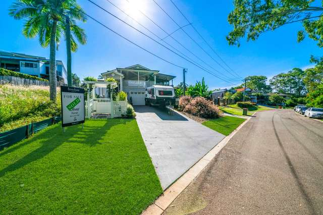18 O'Connell Parade, Wellington Point QLD 4160