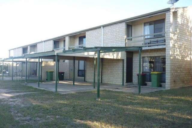 2/1 Charles Street, Ayr QLD 4807