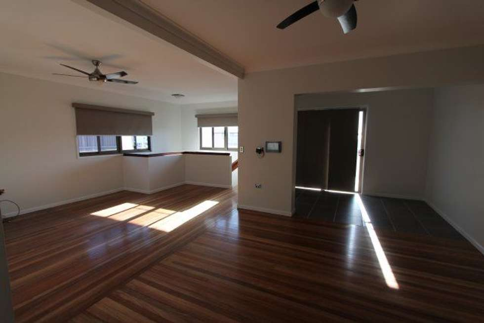 Third view of Homely unit listing, 2/202 Queen Street, Ayr QLD 4807