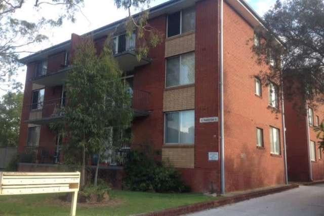 8/19 Chamberlain Street, Campbelltown NSW 2560