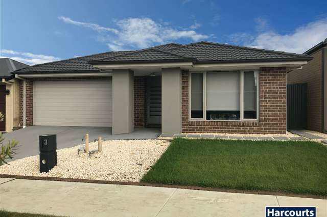 3 Almondbank Road, Cranbourne East VIC 3977