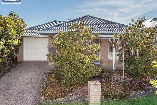 15 First Street, North Lakes QLD 4509
