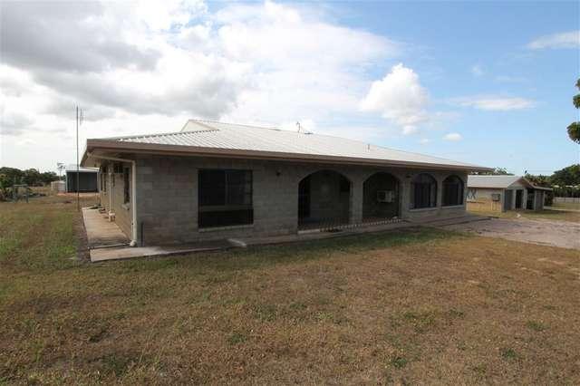 112 Juanita Drive, Mount Kelly QLD 4807