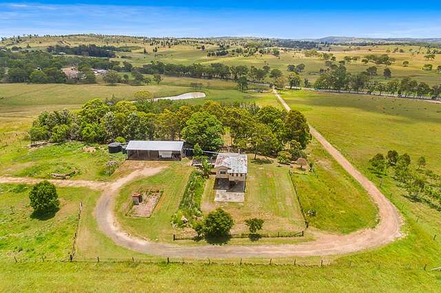 7659 New England Highway, Crows Nest QLD 4355