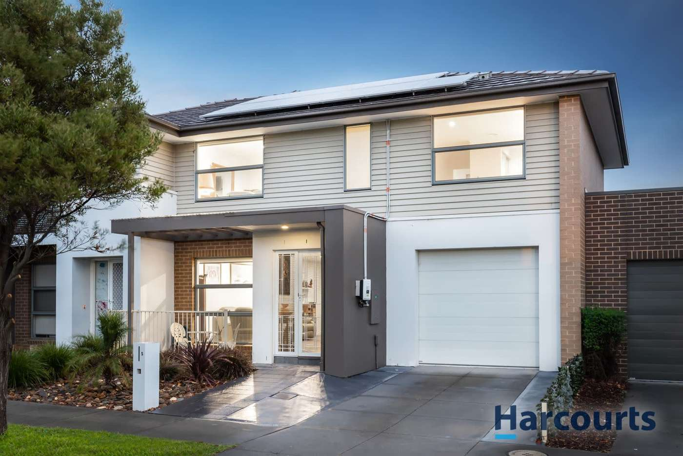 Main view of Homely house listing, 5 Tivoli Road, Mulgrave VIC 3170