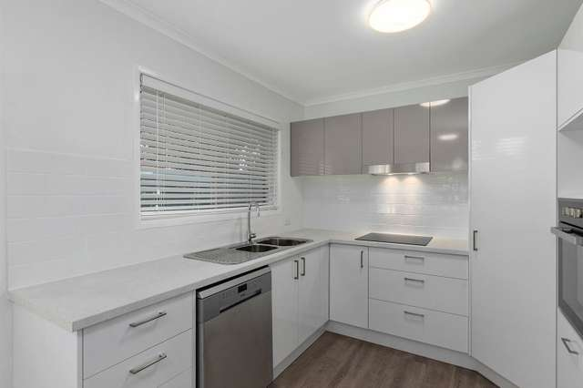 748 Old Cleveland Road East, Wellington Point QLD 4160