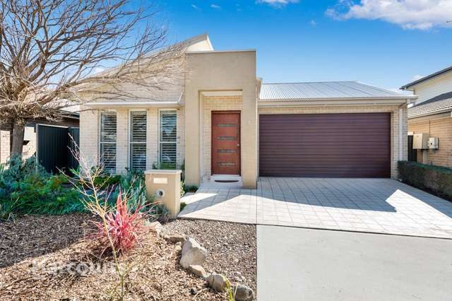 1 Bishop Court, Ropes Crossing NSW 2760