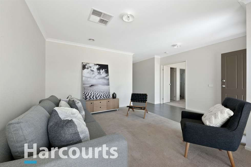 Second view of Homely house listing, 8 Naroo Street, Alfredton VIC 3350