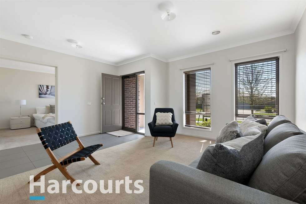 Third view of Homely house listing, 8 Naroo Street, Alfredton VIC 3350