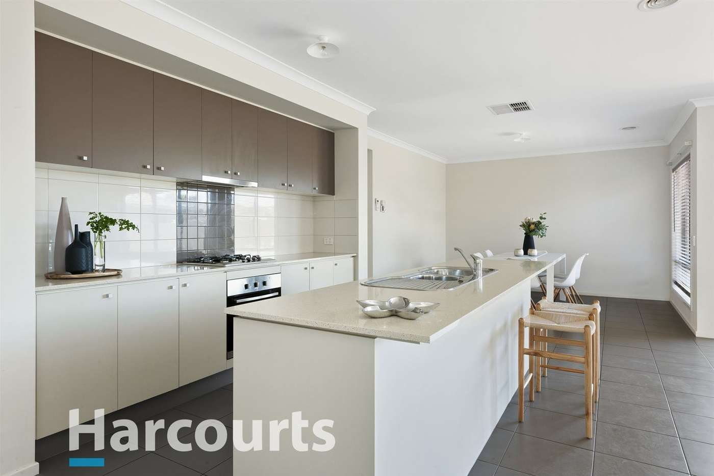 Fifth view of Homely house listing, 8 Naroo Street, Alfredton VIC 3350