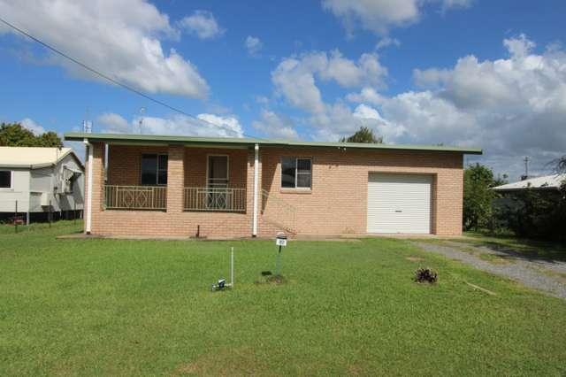 17 Fourth Street, Home Hill QLD 4806