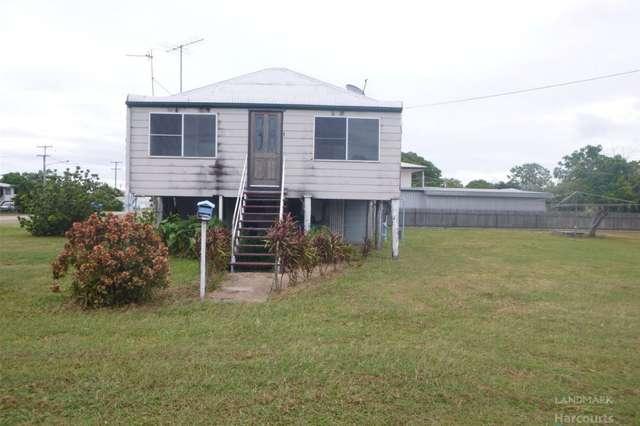 10 Ninth Avenue, Home Hill QLD 4806