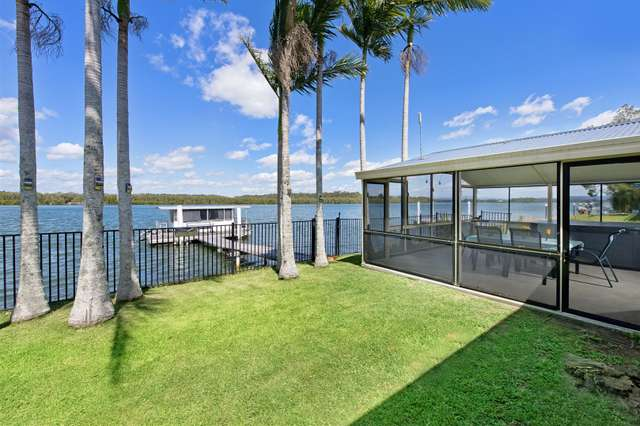 15 Riverside Drive, Port Macquarie NSW 2444