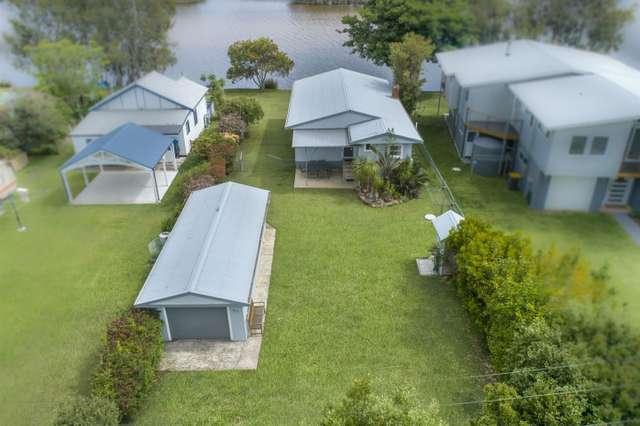 49 Carroll Avenue, Lake Conjola NSW 2539