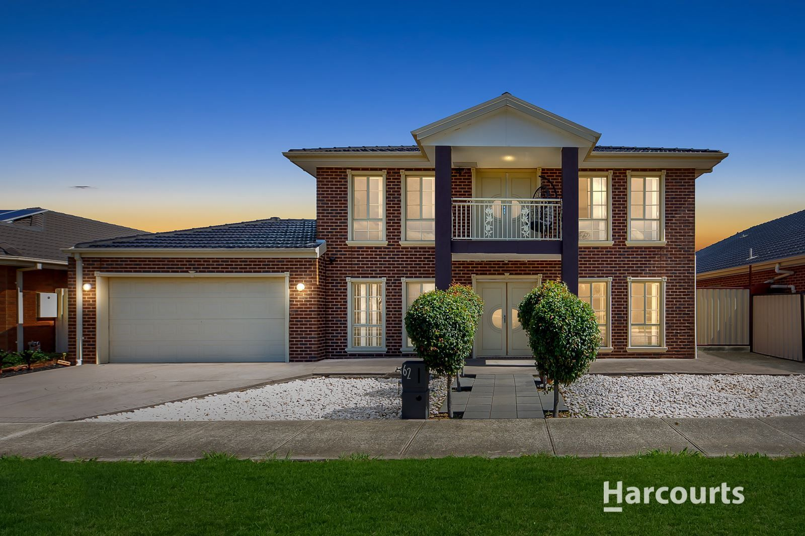 62 Cairnlea Drive