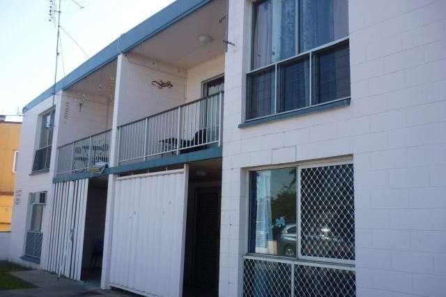 3/9 Queen Street, Ayr QLD 4807
