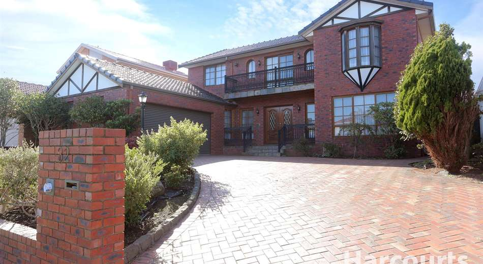 32 Telopea Crescent, Mill Park VIC 3082