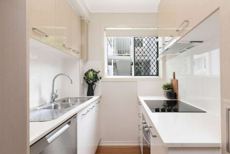 Second view of Homely unit listing, 2/42 Toorak Road, Hamilton QLD 4007
