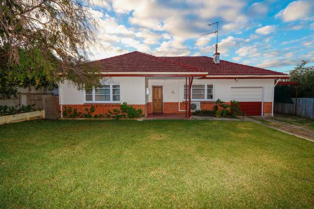 6 Robinson Avenue, Boyup Brook WA 6244