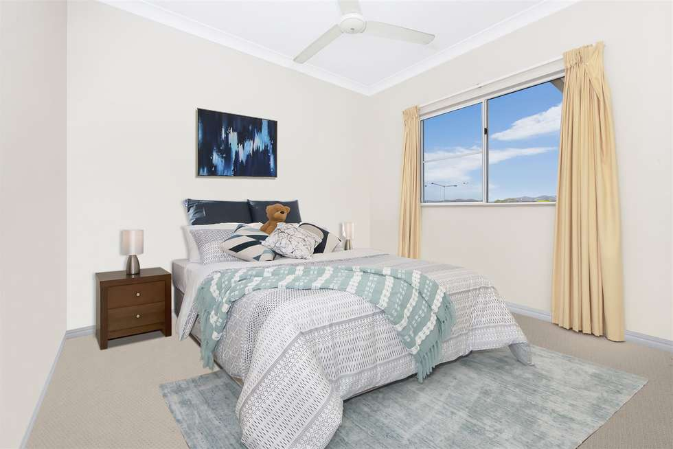 Fifth view of Homely unit listing, 17/16 Martinez Avenue, West End QLD 4810
