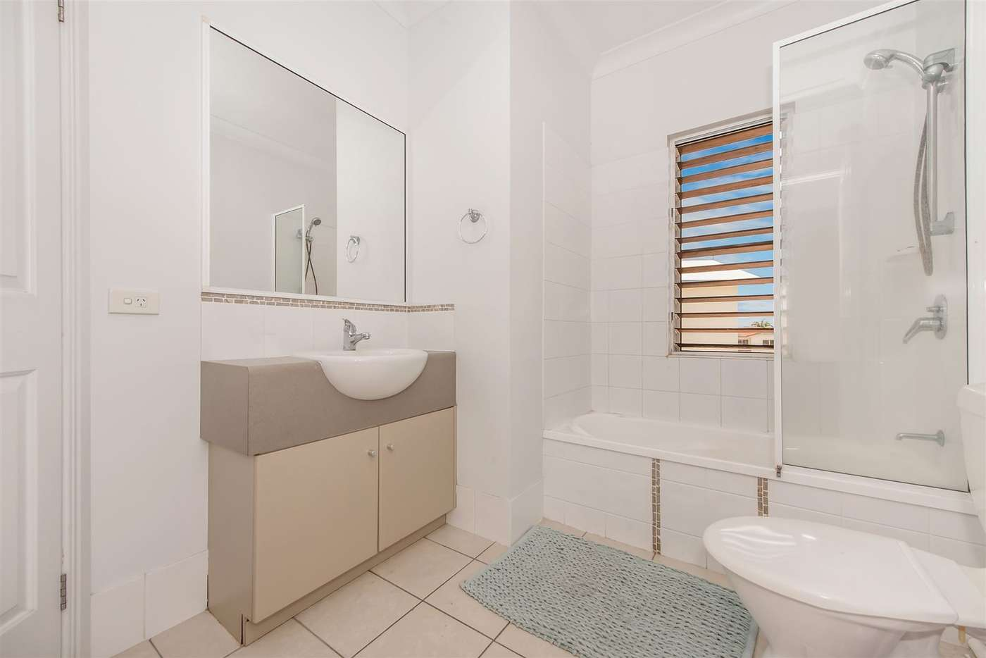 Sixth view of Homely unit listing, 17/16 Martinez Avenue, West End QLD 4810