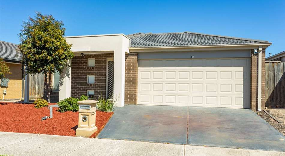 11 Bassetts Road, Doreen VIC 3754