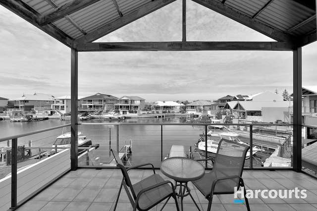 9/3 Piccolo Place, Halls Head WA 6210