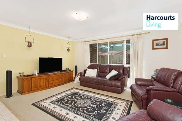 4 Grevillea Place, Forest Lake QLD 4078