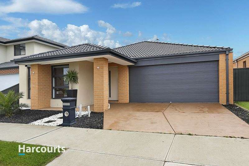 Main view of Homely house listing, 71 Eliburn Drive, Cranbourne East, VIC 3977