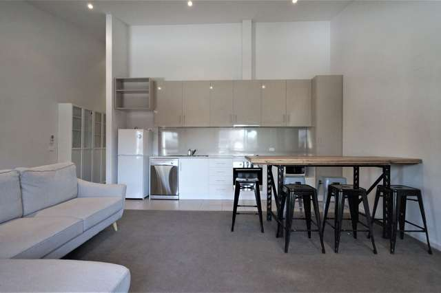 10/158 Barkly Street, Footscray VIC 3011