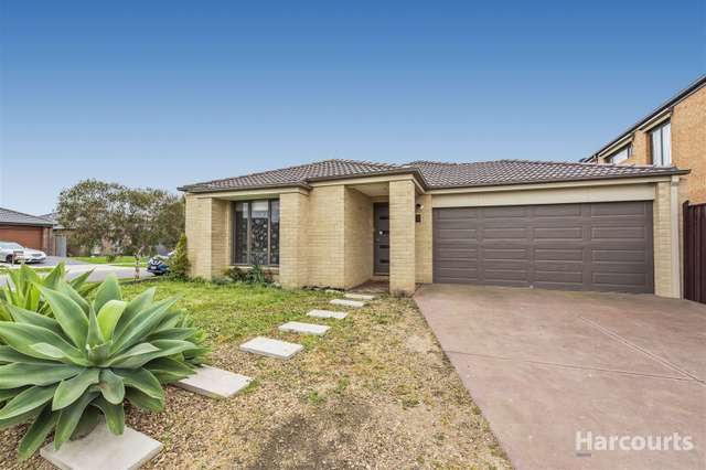 12 Katahdin Terrace, Cranbourne North VIC 3977