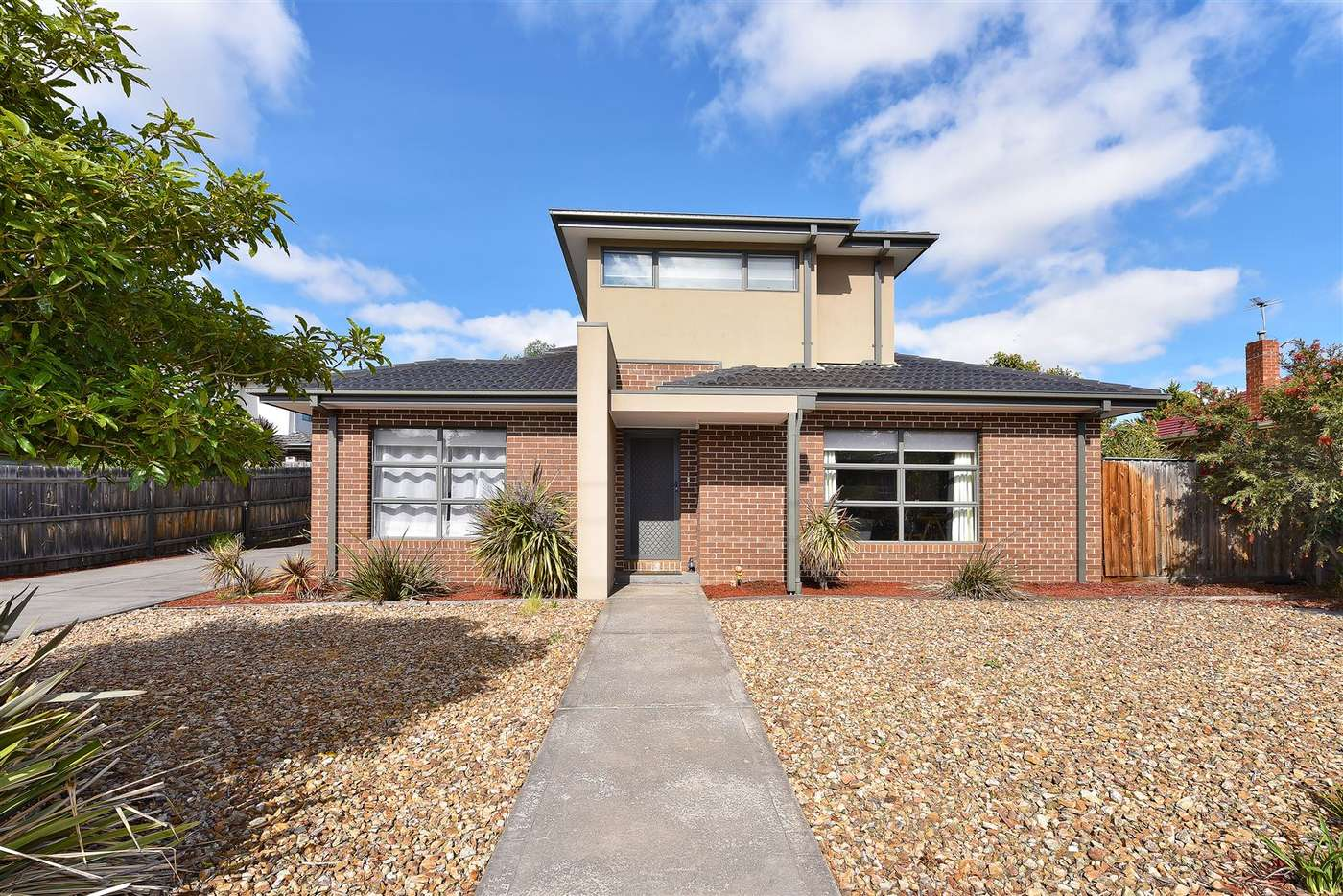 Main view of Homely townhouse listing, 1/627 Pascoe Vale Road, Oak Park, VIC 3046