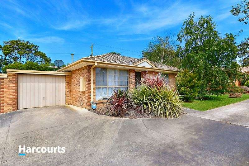 Main view of Homely unit listing, 4/10 Lemnian Court, Langwarrin, VIC 3910