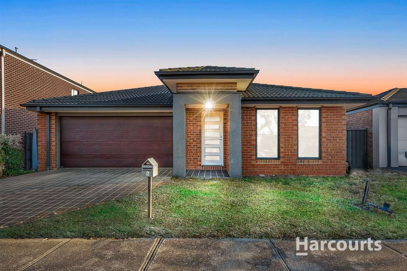 Main view of Homely house listing, 5 Ormesby Place, Deer Park, VIC 3023