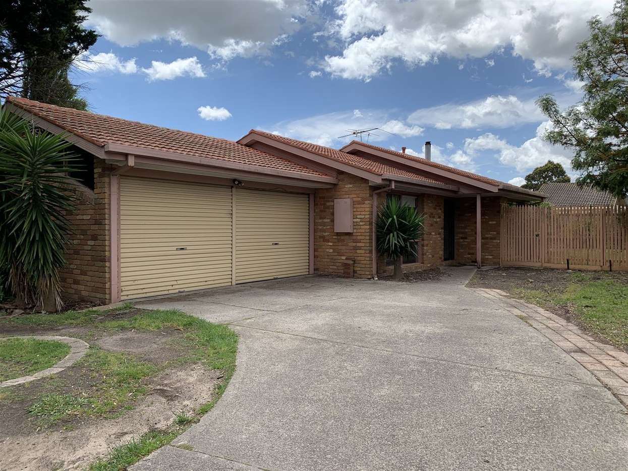 Main view of Homely house listing, 6 Stirling Avenue, Cranbourne North, VIC 3977