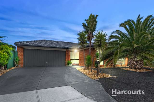 18 Perkins Grove, Burnside VIC 3023