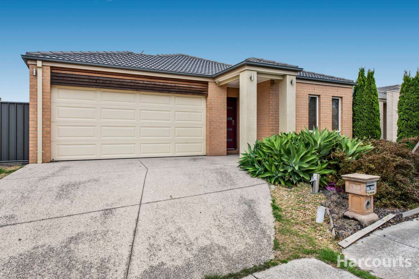 Main view of Homely house listing, 5 Jefferson Avenue, Cranbourne North, VIC 3977