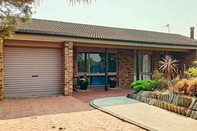 17 Glenshee Place, St Andrews NSW 2566